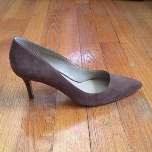 NEW Ann Taylor Suede Kitten Heels